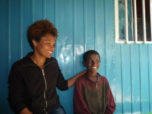 Behailu & Mitarbeiterin im Familiendepartement, Sintayehu Fikru (2014)